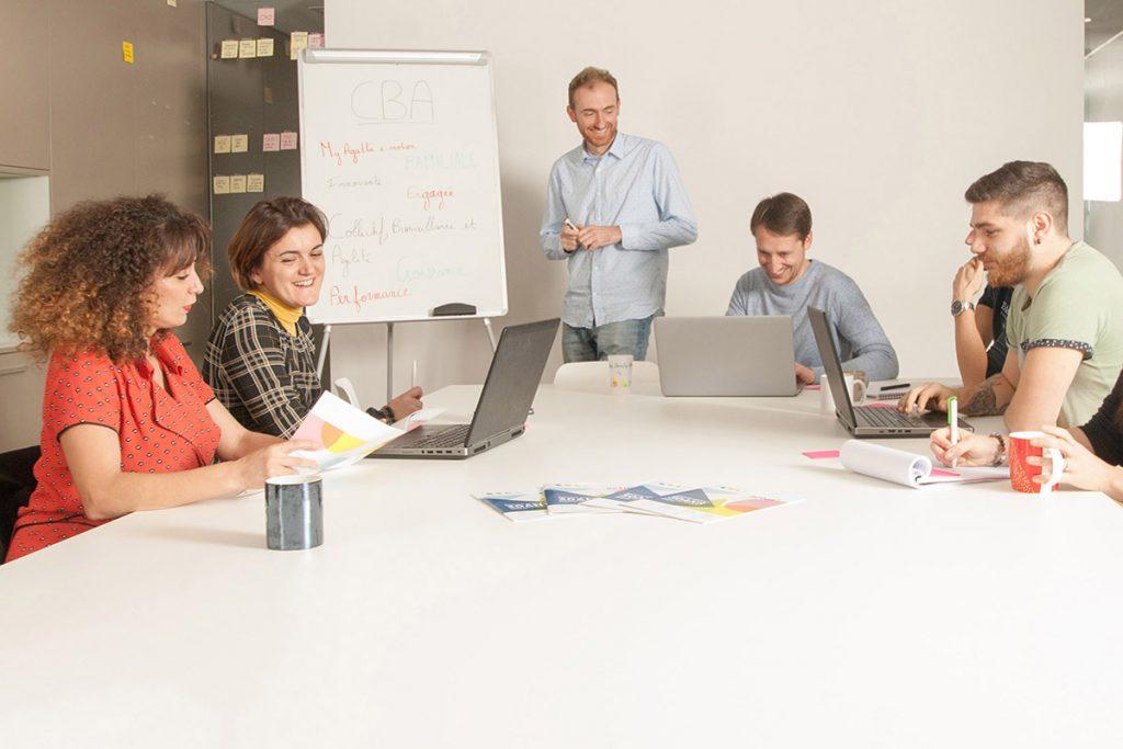 Salariés de CBA en réunion